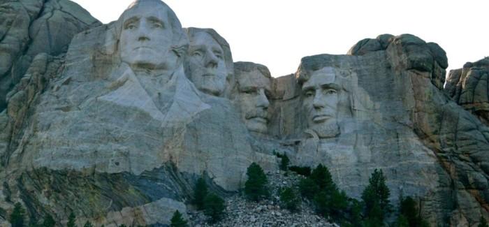 Mont Rushmore, le «monstre» à quatre têtes