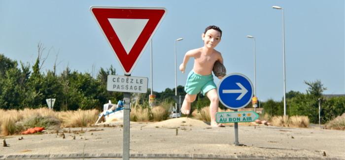 L'art sur rond-point, un nouveau tourisme qui fait tourner les têtes