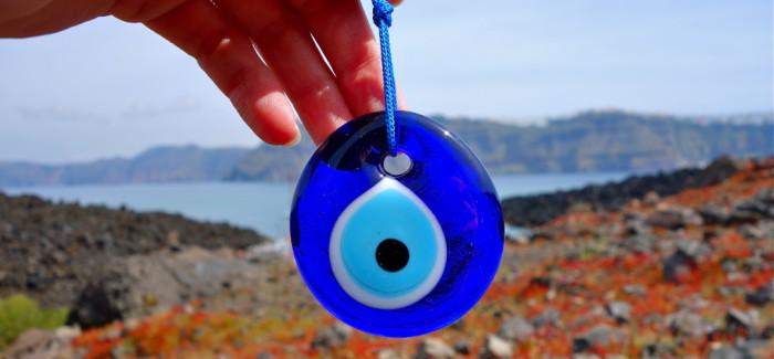 Petit concours grec pour chasser le mauvais oeil : le gagnant est…